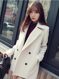 CLASSIC WHITE COAT [ เสื้อโค้ท กันหนาว สีขาว ] พร้อมส่ง